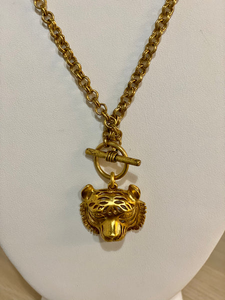 "JW 18"" Toggle Tiger Necklace"