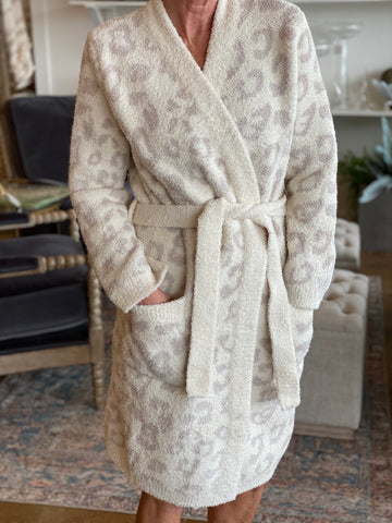 CC Women's Snow Leopard Robe