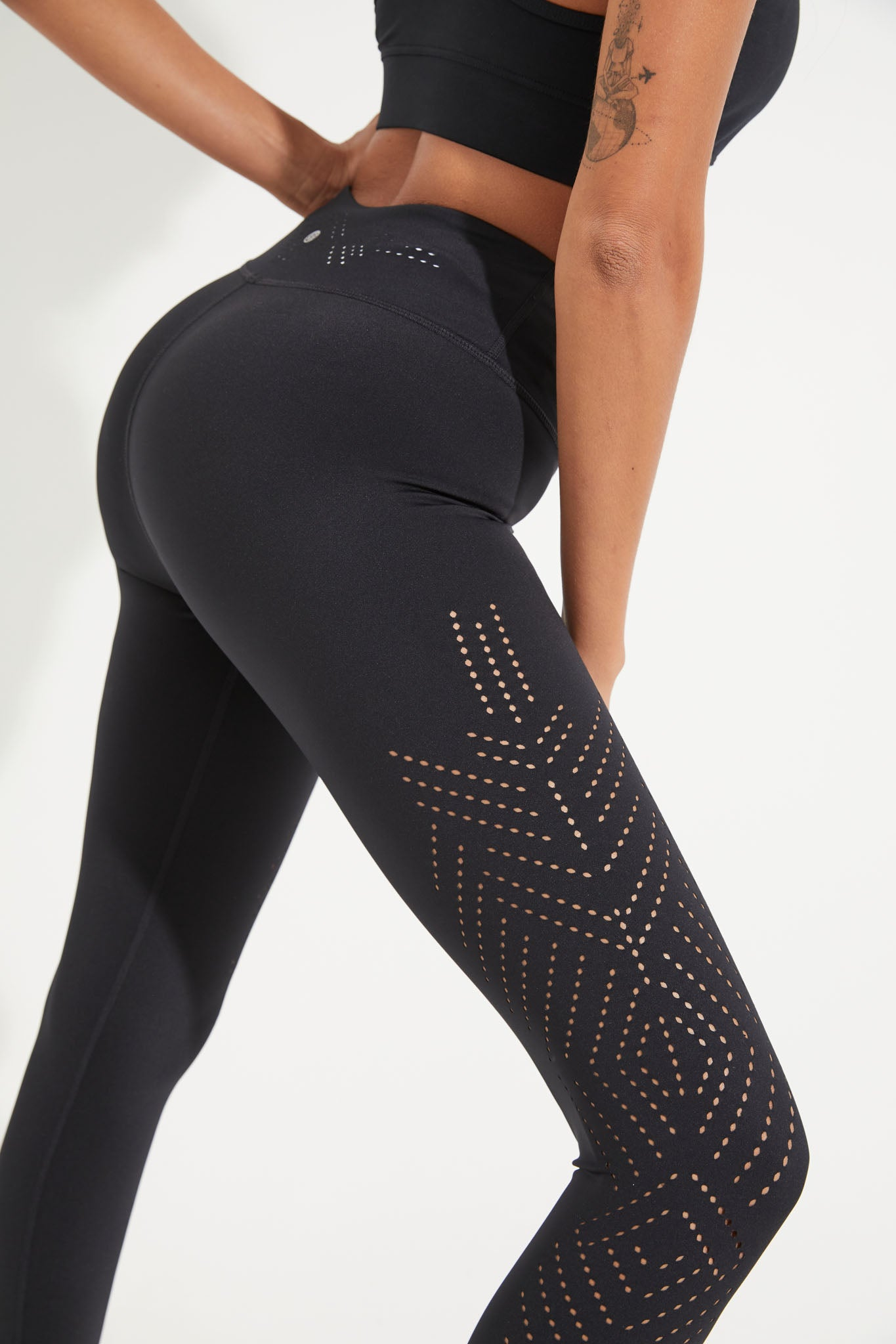 'Solace laser' recycled high waisted legging
