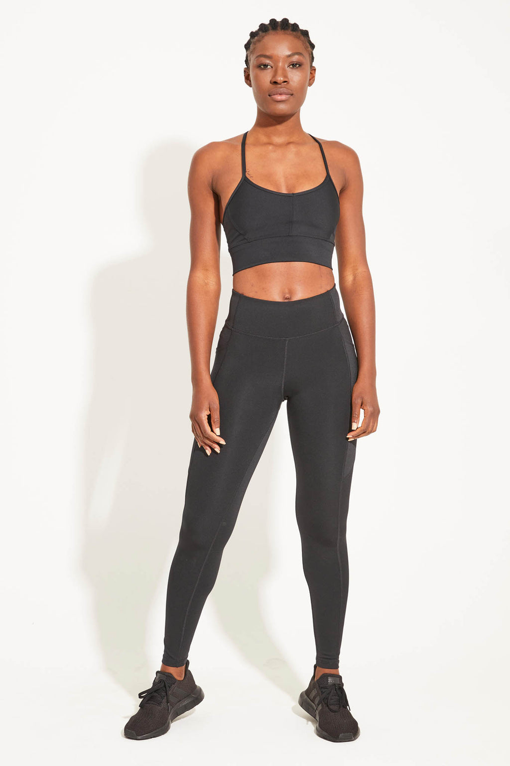 'Motion' full length legging - black with pockets