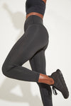 'Aura Laser' legging - black, dusty mauve or emerald