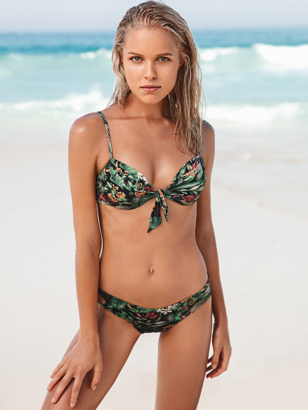 Push up underwired bikini top