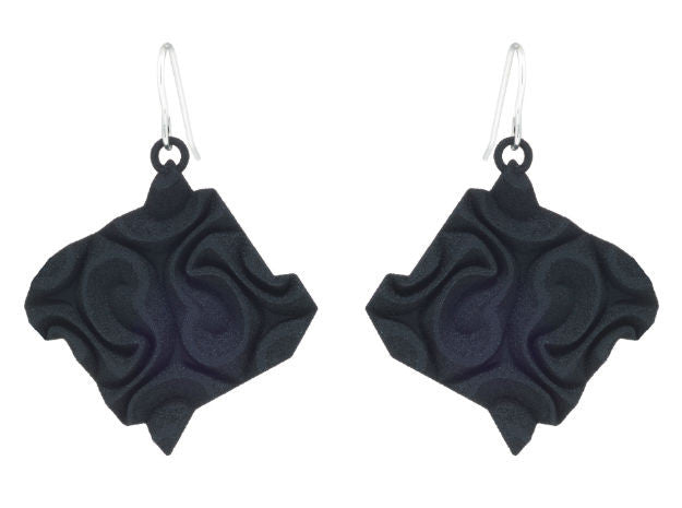Tessellated Tile (L) - Black