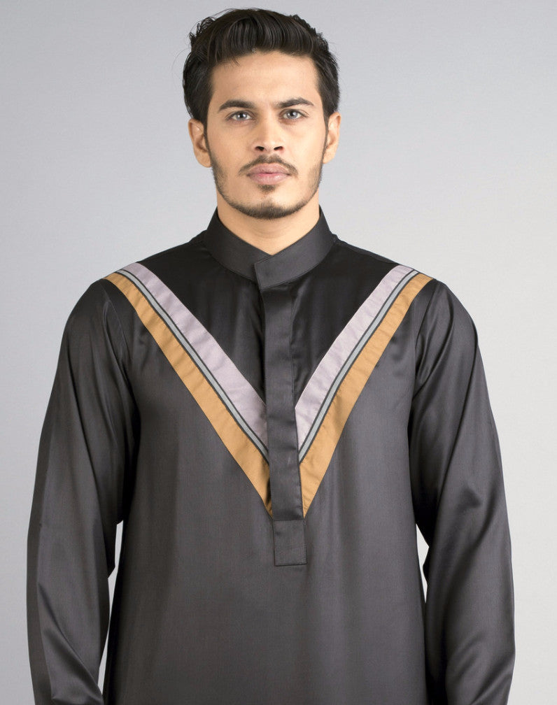 Chenille Mens Black thobe with chest detailing