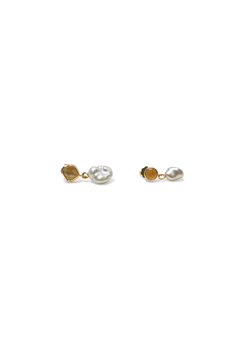 Earring With Yellow Sapphire & Freshwater Pearl