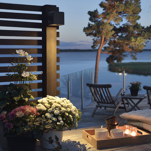 Konstsmide AMALFI WALL LIGHT BLACK illuminating patio