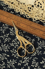 Load image into Gallery viewer, Antique Style Mini Scissors