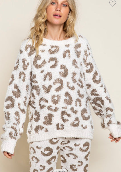 Apparel- Lindsey Leopard Berber Cozy Top Dusty Olive