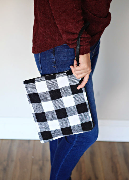 Hunter Clutch - Black - Gray Monroe