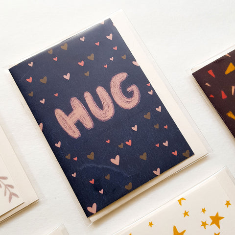 Hug - Mini Card