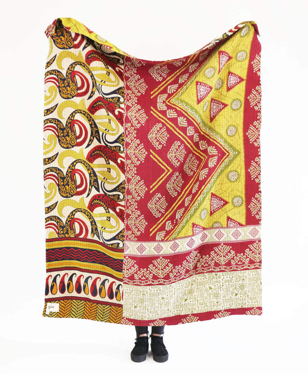 Kantha Throw Quilt - No. 190331 | Anchal Project