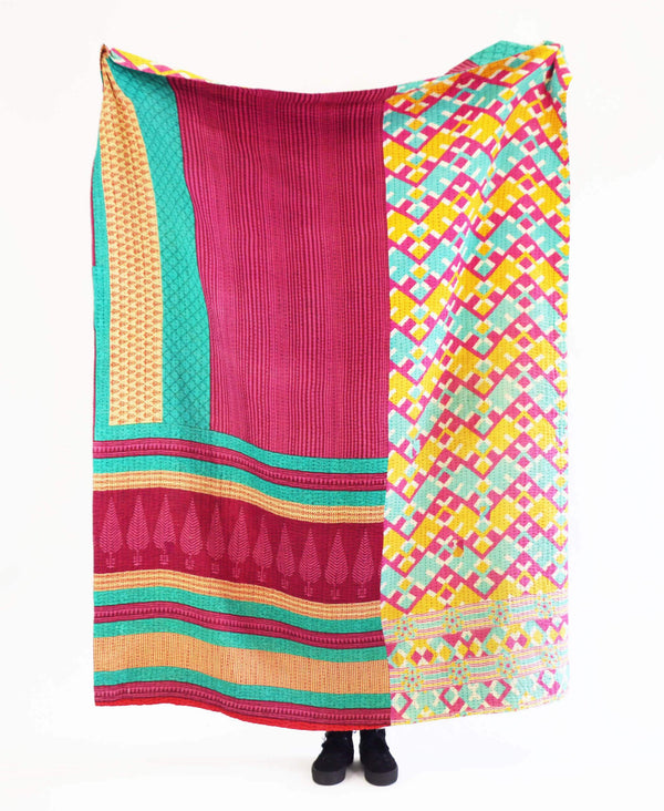 Kantha Throw Quilt - No. 190336 | Anchal Project