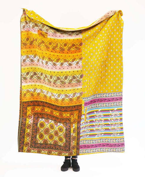 Kantha Throw Quilt - No. 190344 | Anchal Project
