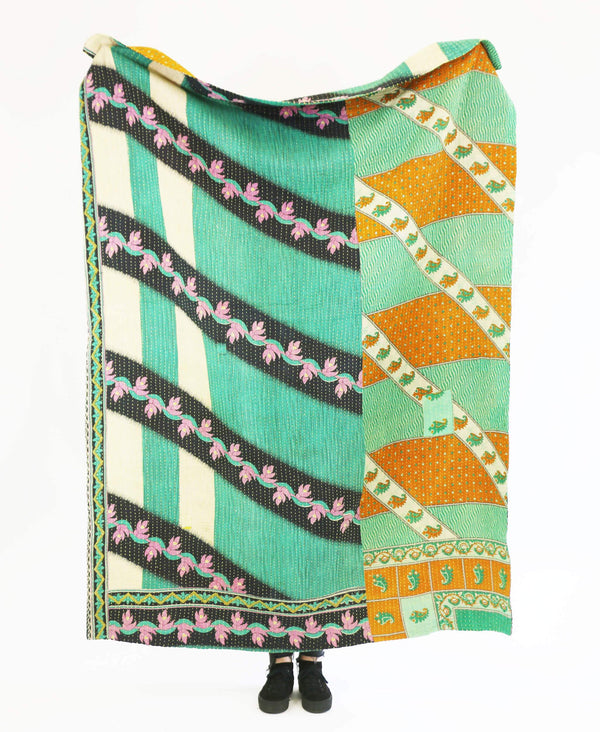 Kantha Throw Quilt - No. 190346 | Anchal Project