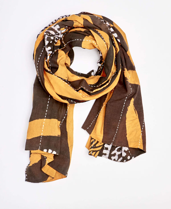 eco-friendly handmade scarf made by Anchal artisan in Ajmer India
