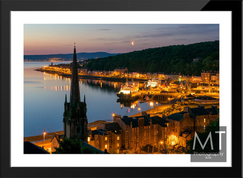 Moonrise over Rothesay (colour)