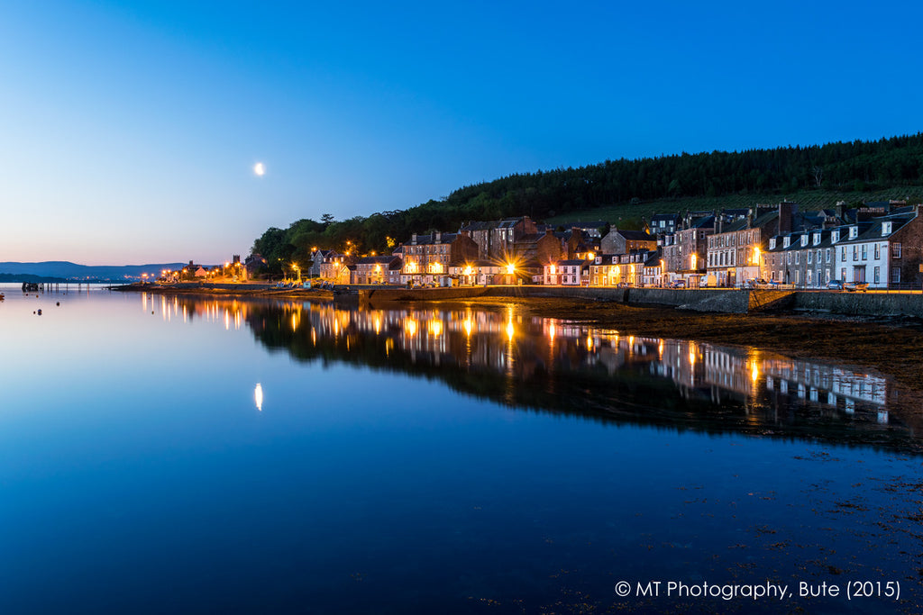 Moon over Port Bannatyne