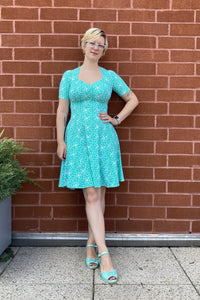 "Off the Rack ~ Reviewing the Bolero ""Hawaiian Princess"" Dress by Hourglassy"