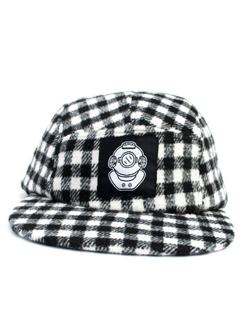 DIVER HEAD BLACK AND WHITE FLANNEL 5 PANEL HAT