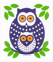 Swedish dishcloth with a design of an adult owl with a baby owl and green leaves