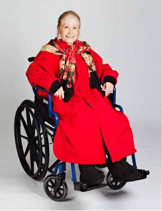 Cape - Women's Winter Cape For Wheelchair With Full Opening At The Front (size: Small To XLarge)