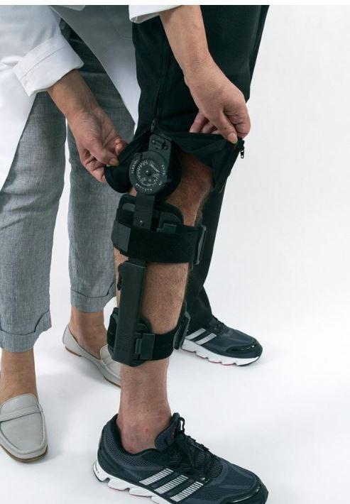 "Pants - ""Reboundwear"" For Men - Post Surgery Clothing - The Phil Shorts - Easy Dressing, Post Shoulder Surgery, Sports Injuries, Physical Therapy, Recovery And So Much More"