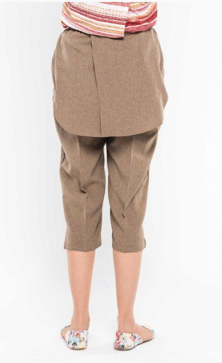 Pants - Women's Open Back Elastic Waistband Capris, With Dignity Panels, Available In Linen-look. - Colors: Coca And Navy (size: From XSmall To XLarge)