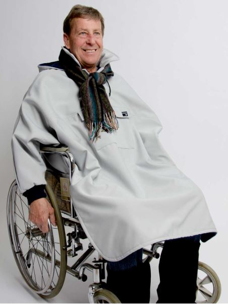 Men's Winter cape for wheelchair, with sleeves, large pocket at the front (size: from Small to XLarge)