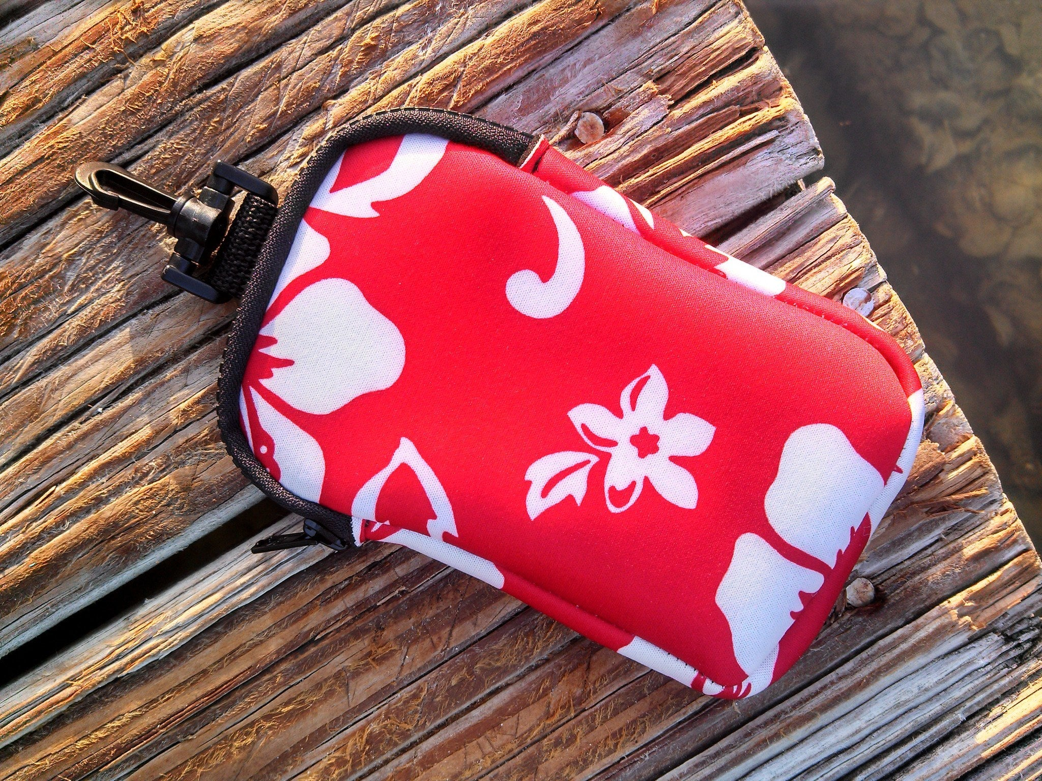 retro red hook on neoprene bag