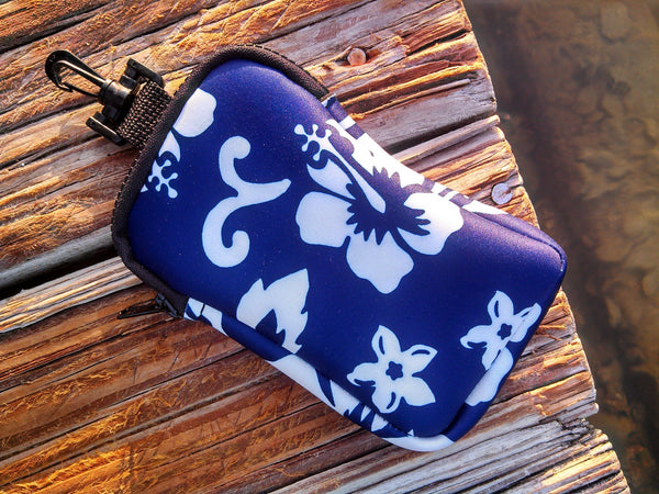 retro blue neoprene bag