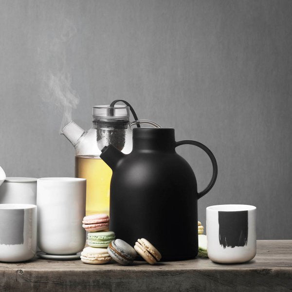 Thermo Kettle by NORM Architects - Coveted Gifts - 3