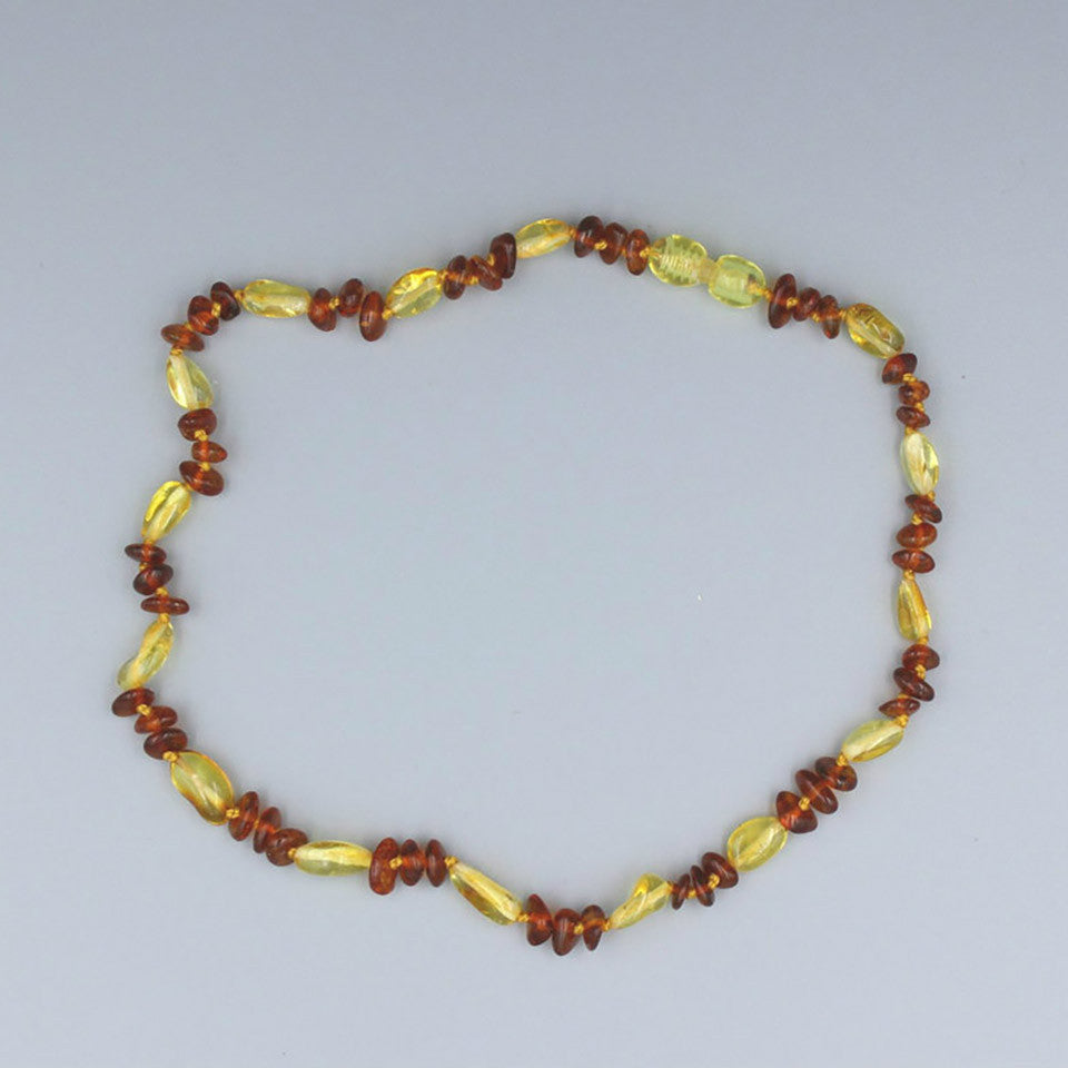 Lemon Vines Amber Children's Necklace- Annabelle