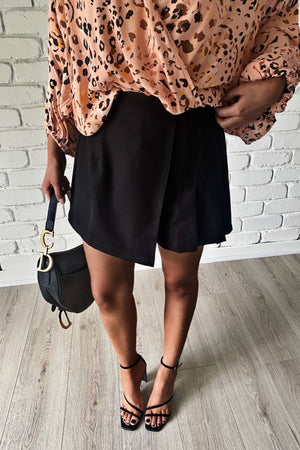 benedict top peach black skort