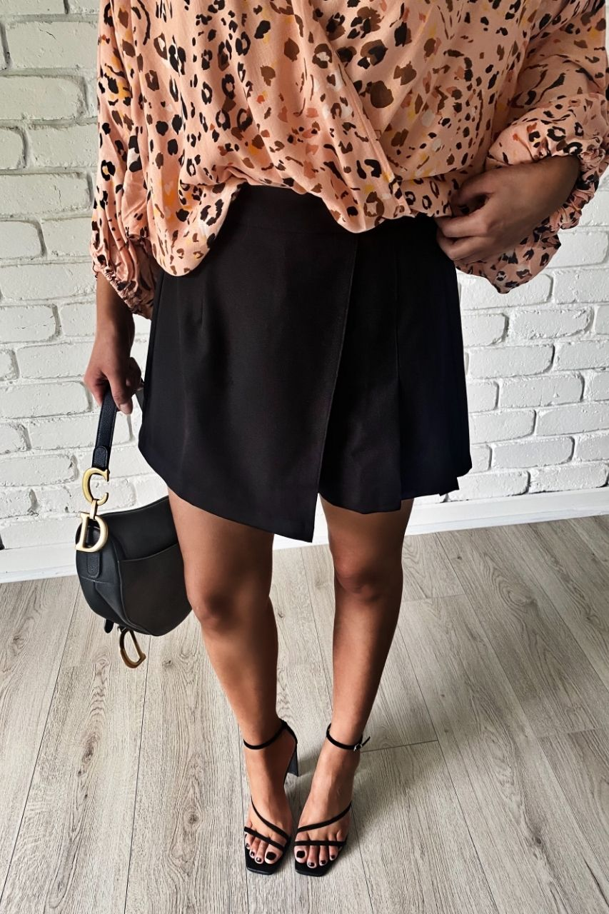 benedict top peach black skort max skort