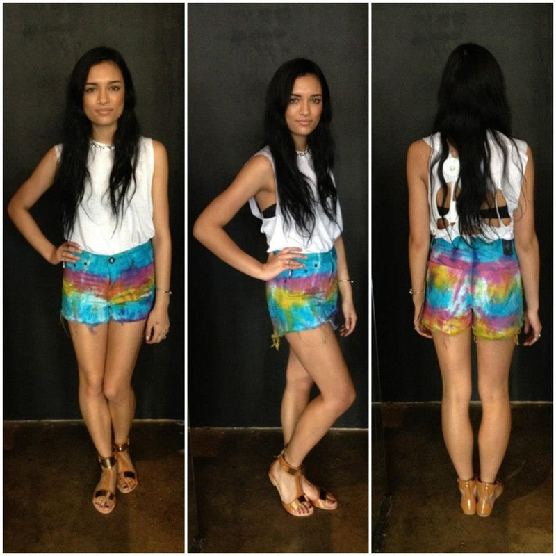 One Teaspoon - SORBET TIE DYE ROMEOS DENIM SHORTS - Shorts - M.VE BOUTIQUE