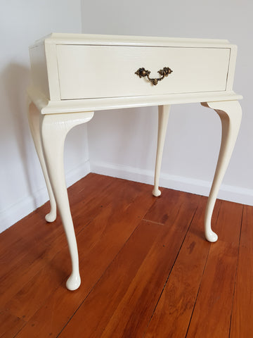 SOLD Vintage Side Table With Cabriole Legs