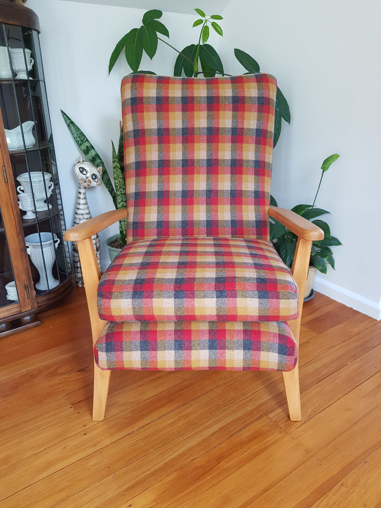 Alpaca Wool Checkered Fireside Retro Chair