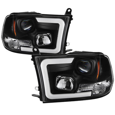 ( Spyder ) Dodge Ram 1500 09-18 / Ram 2500/3500 10-19 Version 2 Projector Headlights - Halogen Model Only ( Not Compatible With Factory Projector And LED DRL ) - Light Bar DRL - Chrome