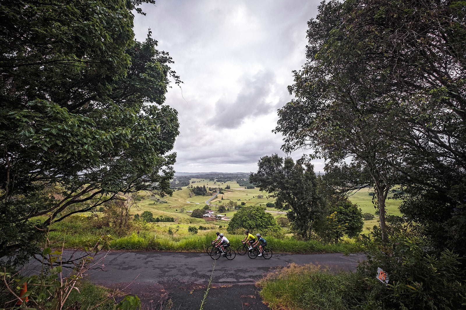 Cyclist and Attaquer visit Byron Bay Cycling