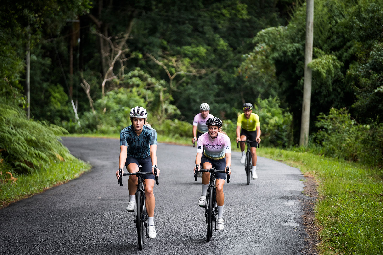 Attaquer and Cyclist in Byron Bay