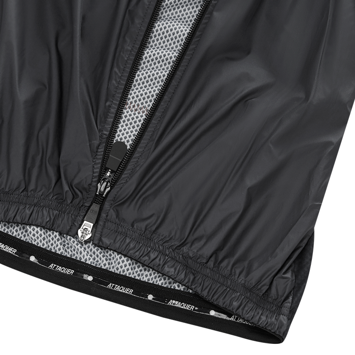 Attaquer Mens Gilet Black detail