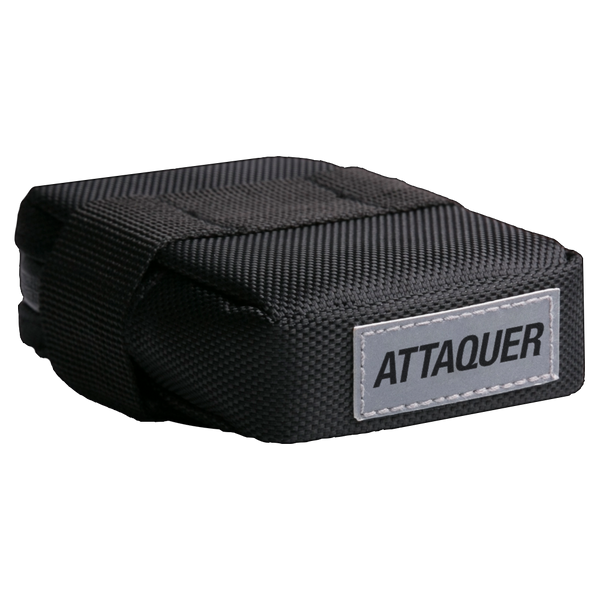 Attaquer Saddlebag main