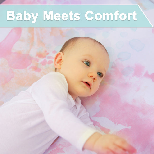 Find the baby's comfort in our bassinet sheet in pastel print.