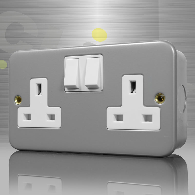 Click Metal Clad 2 Gang 13A Double Socket
