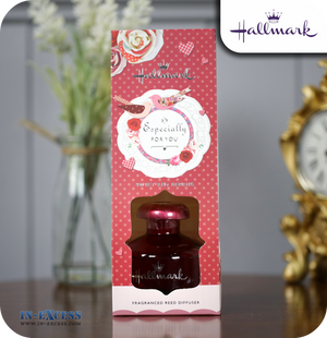 Hallmark Gifts Scented Reed Diffuser Especially For You - Sweet Red Berries
