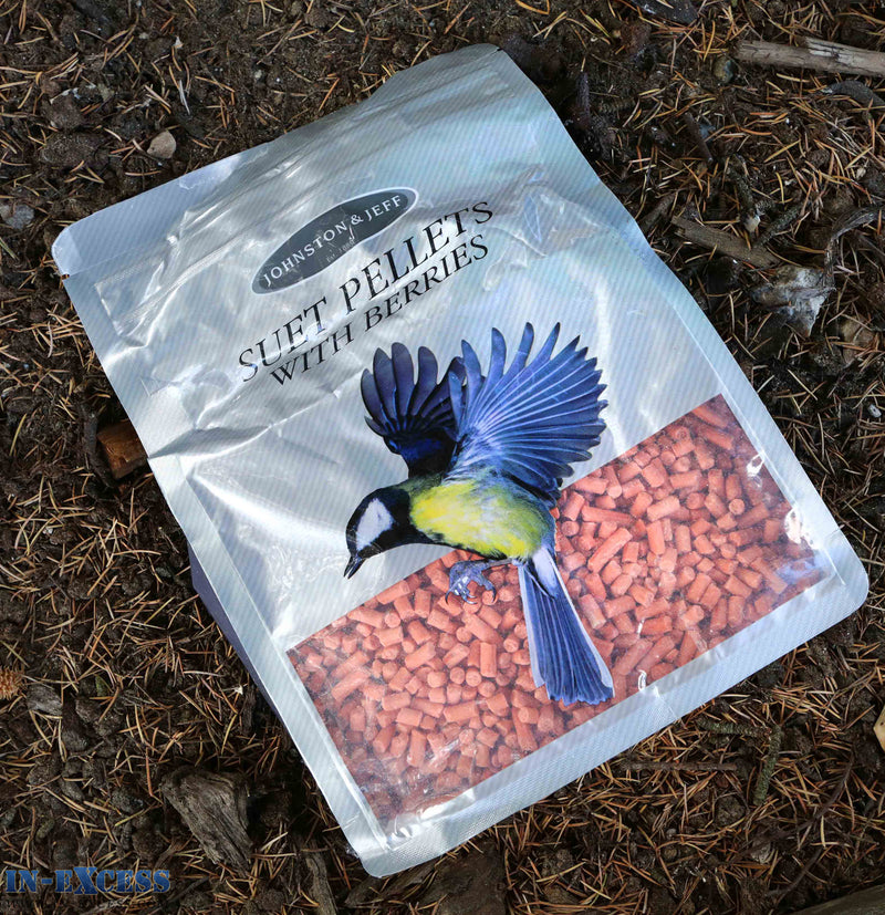Johnston & Jeff Suet Pellets with Berries Bird Food 1kg