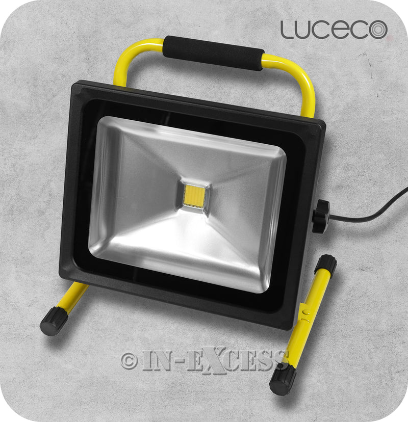 Luceco Garden Worksite Slimline LED Tilting Portable Black Work Light & Floodlight 5000K Neutral White - 50W>500W