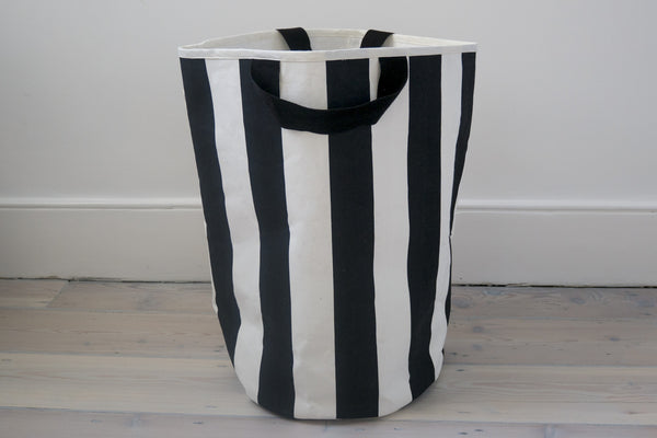 Wildfire Black and white stripe storage bag