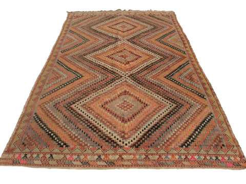 Hand Embroidered Turkish Kilim rug, 10,5 x 6,2 feet - Sophie's Bazaar - 1