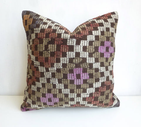 Embroidered Kilim Pillow Cover - Sophie's Bazaar - 1
